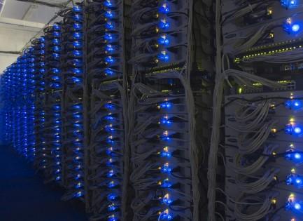 Un server, cos'è e come funziona spiegato in maniera semplice